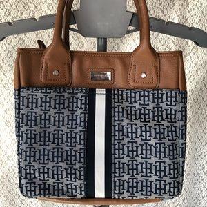 NWOT Tommy Hilfiger Hand Bag Purse Tan Blue
